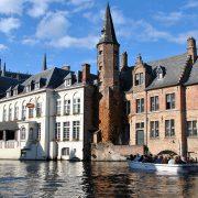 1200px-Belgium-bruges-canal