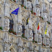 Belgica-Flandes-Lovaina-Ayuntamiento-Fachada