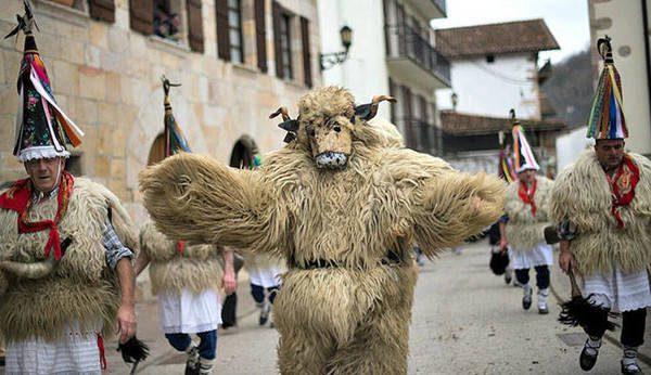 carnavales-ituren-turismo-navarra_23446_1