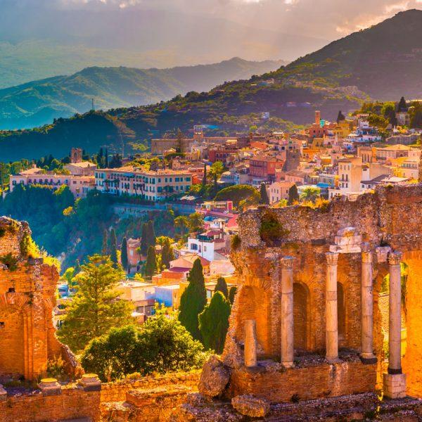 Ruinas-de-Taormina