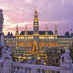 Vienna-Christmas-Markets-at-night-SML