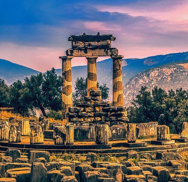 delphi-1919203_960_720
