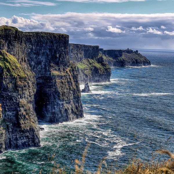 cliff-of-moher-4520630_1920
